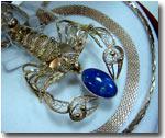 «Золотой скорпион Кызылкумов» - изделие ювелирного завода НГМК
