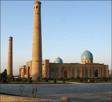 Религиозный центр Хаст Имам. Новая мечеть. Фото ИА Фергана.Ру