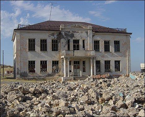 Дом культуры в Шуробе. Фото Игоря Ротаря