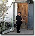 Тожикистон: Халқаро илмий жамоатчилик душанбелик профессор Г. Моитдиновани ҳимоя қилишни талаб қилмоқда