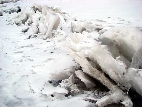 Торосы на Амударье. 6 февраля 2008 года