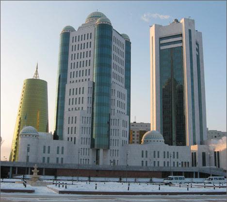 Строительство здания Парламента Казахстана – дело рук турецких рабочих