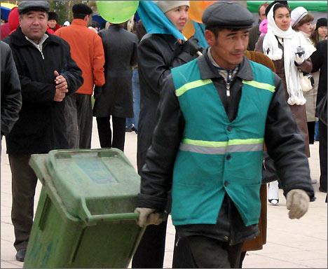 Мигранты работают и в праздники