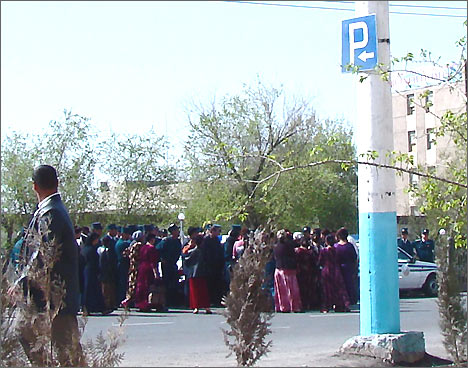 Protest action in Urgench, Uzbekistan. Mar. 31, 2008