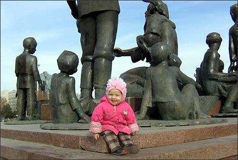 Монумент ДРУЖБЫ НАРОДОВ был любим в народе.