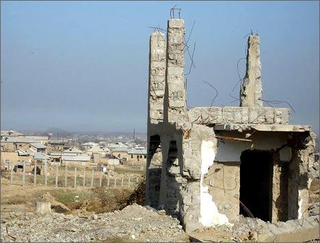 Снос узбекских домов на границе с Казахстаном