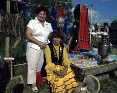 На празднике казахской культуры в поселке Маячный с приглашением гостей из Мартукского района. Фото из архива общества Шанырак