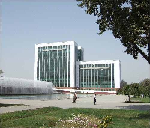 Новые здания в центре Ташкента