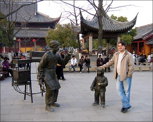 Иностранец в Китае – дорогой гость