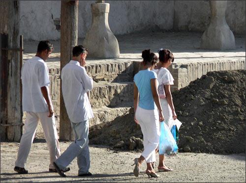 Tashkent youth. Photo by Ferghana.ru