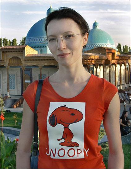 A modern girl of Tashkent. Photo by Ferghana.ru
