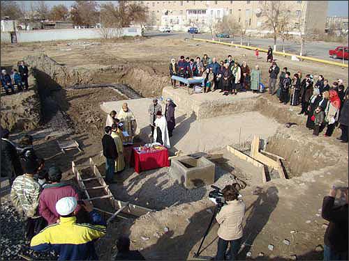 Освящение места строительства храма в Хорезме