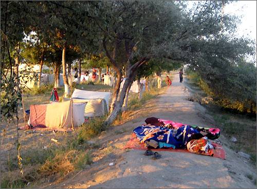 The Lyuli Gypsies lived in tents like that after the explosions