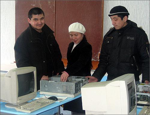 Молодые педагоги Радик Волков и Сырга Абдуллаева