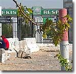 Виза – не документ? Пограничники Узбекистана препятствуют таджикистанцам во въезде в страну