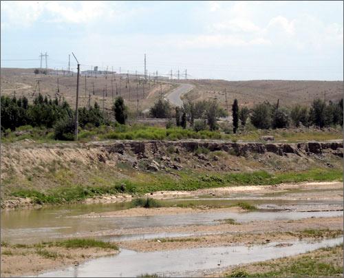 За речкой – территория Республики Узбекистан