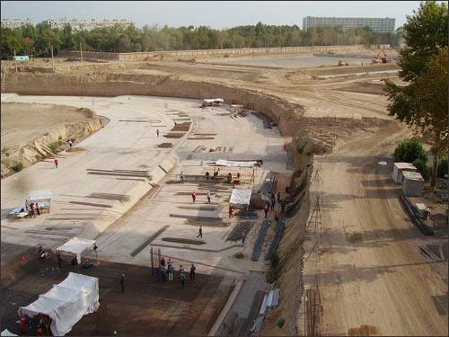 Так строится стадион