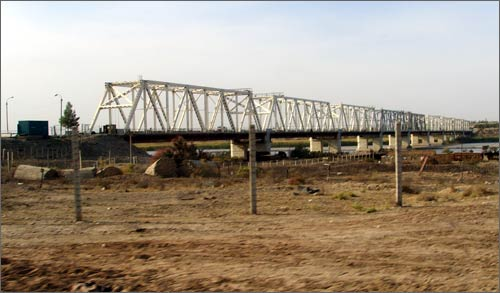 Uzbek-Afghan border. Druzhba Bridge across Amu Daria