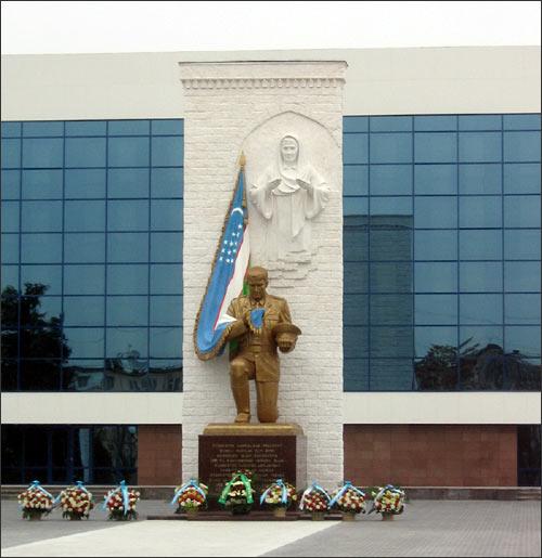 Общий вид нового памятника