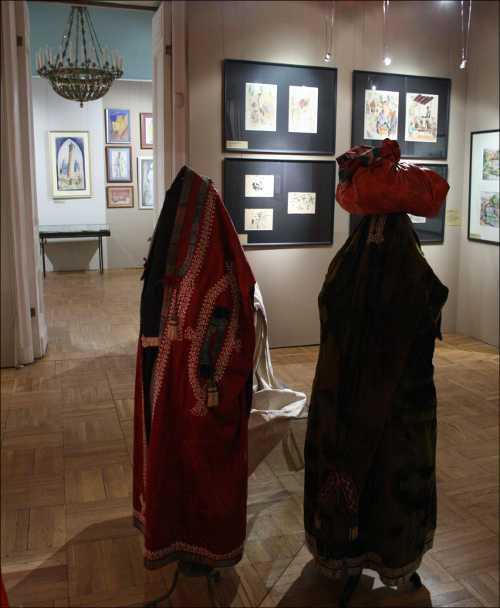 В залах выставки «Туркестанский авангард»