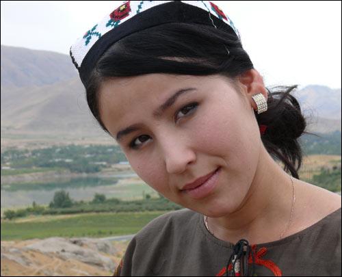 Узбекская певица Адолат
