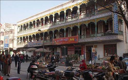 Быстро исчезающий старый Кашгар
