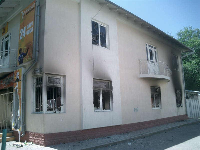 Здание того самого клуба в Оше
