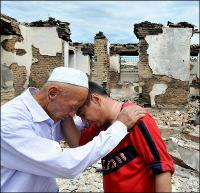 Исход. Люди ищут любые возможности, чтобы бежать с юга Кыргызстана