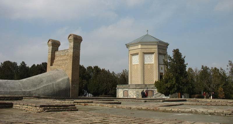 Так выглядел музейный комплекс Улугбека в Самарканде в недавнем прошлом