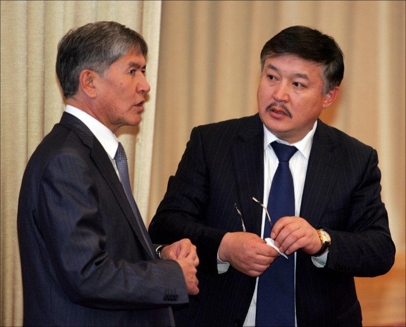 Алмазбек Атамбаев и Ахматбек Келдибеков