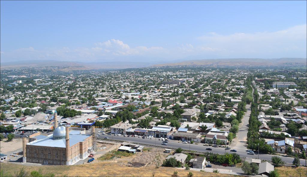 Хуже всего продаются жилые дома в узбекской махалле в центре города