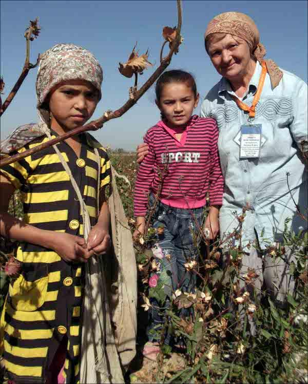 Дети на полях в Узбекистане