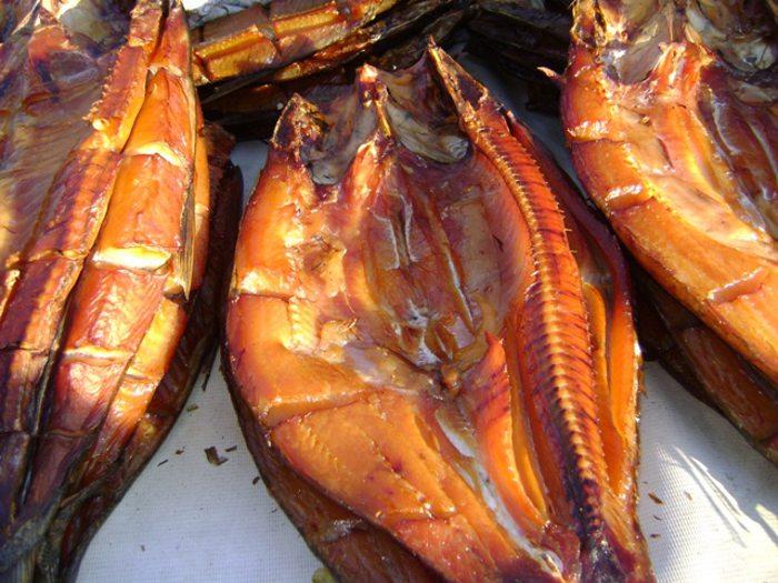 Копченый жерех из Чардары - на рыбном базаре в Чиназе