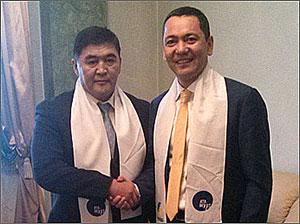 Кыргызстан: Две партии объединились в одну – «Республика-Ата Журт»
