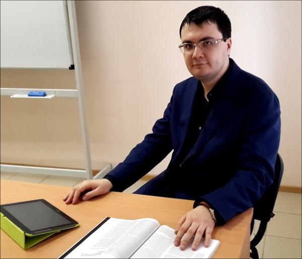 Марат Сафаров