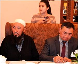 В Кыргызстане тоже обсуждают угрозу религиозного экстремизма и дестабилизации