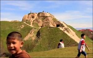 Лекторий «Ферганы»: Борис Голендер - об археологических холмах Ташкента