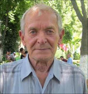 >Юрий Голованов