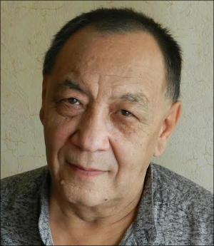 «Весёлая» жизнь узбекского кинорежиссера Алишера Хамдамова, или «Крышка с дыркой»