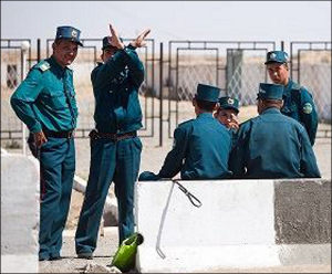Ўзбекистондаги ҳаёт энциклопедияси: Милиция бизни қандай муҳофаза қилади