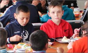 Кыргызстан: В Красной речке топят шанс детей на нормальную жизнь