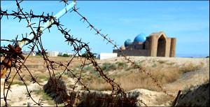 Казахстан: Древней цитадели города Ясы грозит гибель от влаги