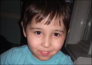 Нужна помощь: Семилетнему Фахриддину из Андижана собираем 150.000 рублей на обследование