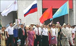 Профессор политологии: Все республики Центральной Азии не отвечают никаким стандартам демократии