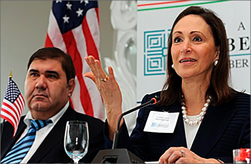 Президент Узбекистана принял руководителя Американо-узбекской торговой палаты