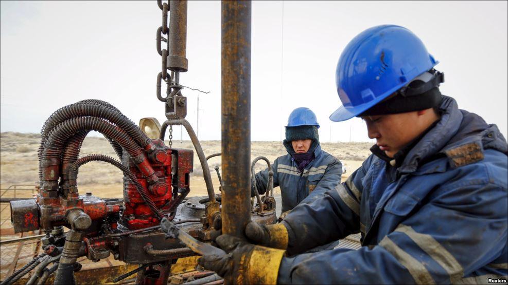 Казахстан: К протесту нефтяников присоединились новые участники - уже голодают около 700 человек