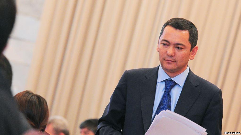 Омурбека Бабанова фракция выдвинула в претенденты впрезиденты