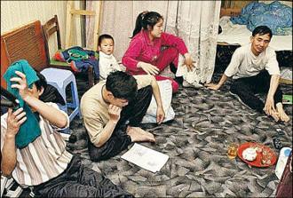 «Неславянам квартиры не сдаем». Как трудовые мигранты ищут жилье в Москве