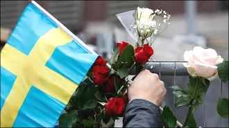 Теракт в Стокгольме: Общество в шоке, но шведы едины в борьбе с общим злом