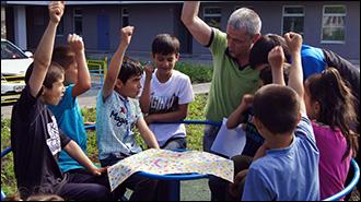 «Хочу знать русский»: На Урале семейный клуб обучает детей мигрантов